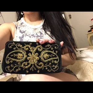 Vintage gold threaded velvet clutch